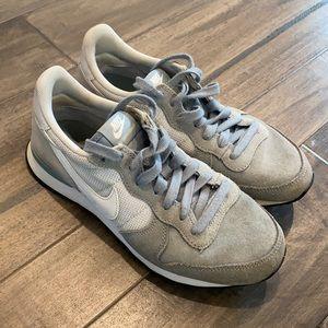 Nike Internationalist Shoes Size 7